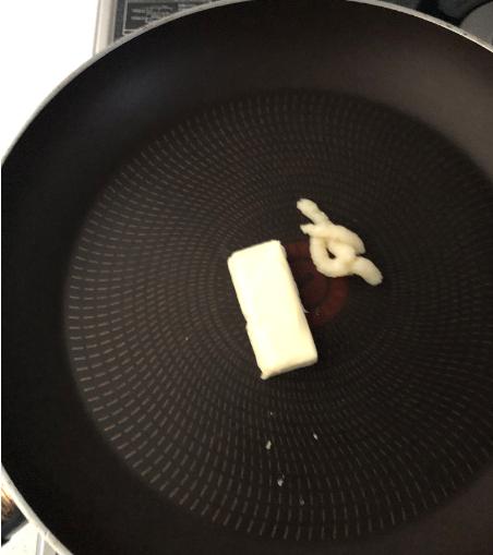 バターとにんにく