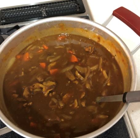 カレーと鍋