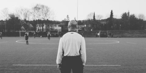 サッカー 審判